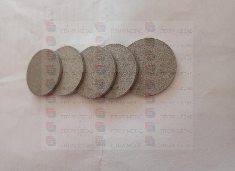 Porous stainless steel sintered disc